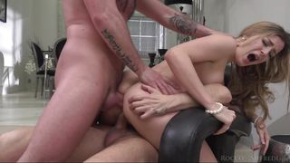 They Fuck Her Pussy And Ass Simultaneously  Marica: Gaping Dp & Foot Sex Threesome