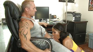 Chocolate Cheerleader Gives Some Pleasure To Her Boss