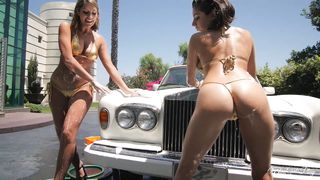 Beautiful Babes In Hot Lesbian Action