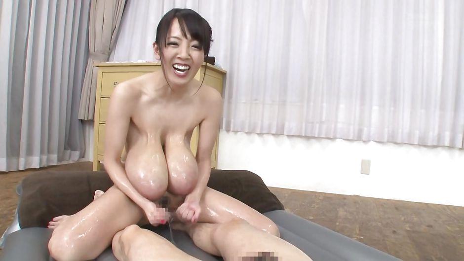 hitomi tanaka housewife