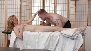 Sweet And Skinny Tranny Gets A Hot Massage