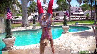 Flexible Teen Sucking Dick Outdoor