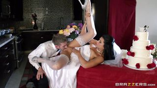 Nasty Attittude Bride Fucked Before The Wedding