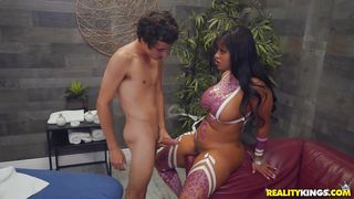 Curvy Ebony Masseuse Gets Fucked By Her Horny Client