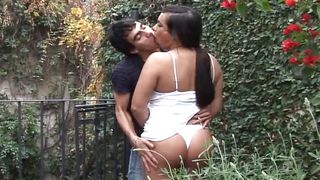 She Sucked Off In The Garden  Mexican Shemales #05