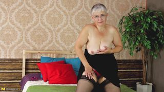 Mature Nl-Granny In Stockings Take It All Off PornZek.Com
