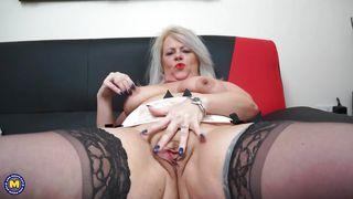 Bbw butt cleavage