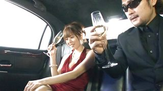 All Japanese Pass-Stylish Bitch Rubs Cock In The Limousine PornZek.Com
