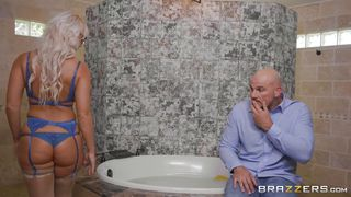 Hot Milf London Gets Fucked Hard From Behind