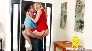 Housewife Brandi Cheats On Her Husband