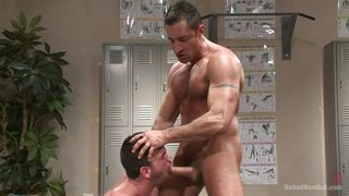 Attractive Billy Santoro Naked Images