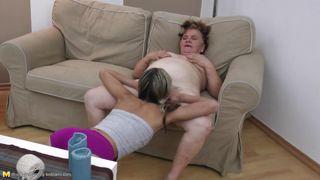 Mature Nl-Young Lesbian Licks A Mature Pussy PornZek.Com