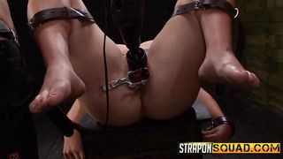 The Mistresses Spreads Her Pussy Wide