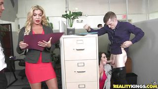 Curvy Babe Seduces Her Boss Right In The Office