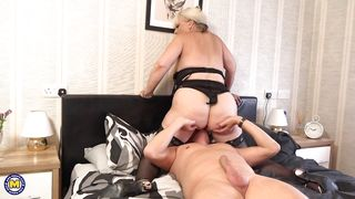 Blonde Busty Mature Gets Her Pussy Licked