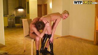 Wtf Pass-What A Great Girlfriend I Have! PornZek.Com