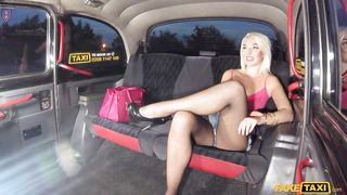 Fake Hub-Blonde Gets Fucked In The Back Of A Cab PornZek.Com