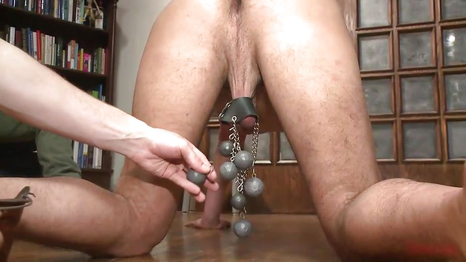 Gay guy sucking cock licking up cum xxx