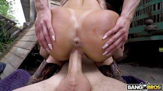 Kendra Lust Wants Cock Deep Inside Her
