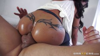 Jade Playing Dirty In Bed