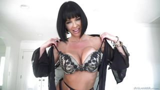Veronica Is The Hottest Milf In Porn