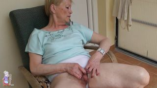 Old Nanny-When Grandma Sits On Her Chair PornZek.Com
