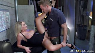 Blonde With Big Tits Gets Dirty