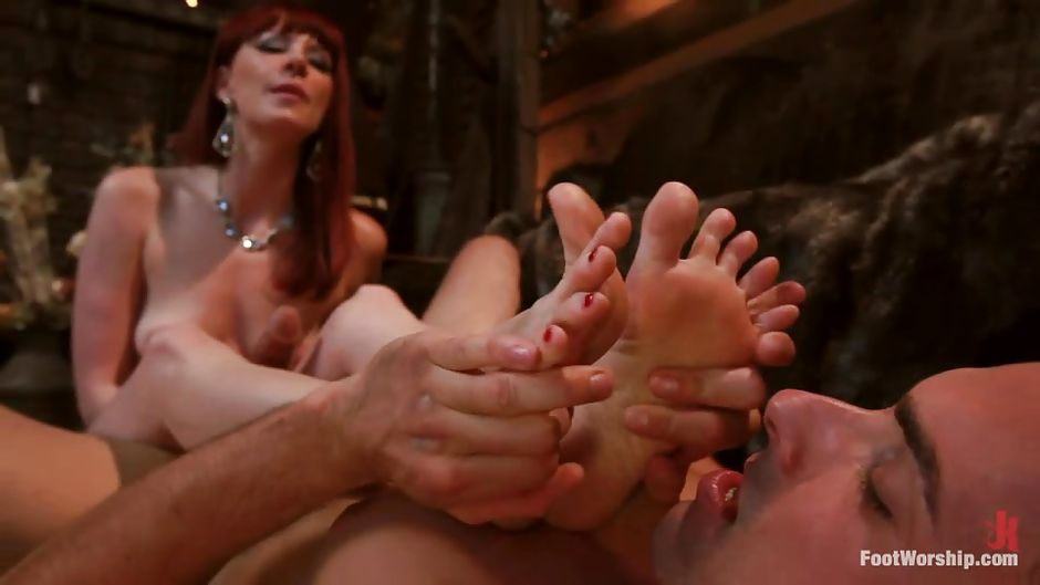 massage lick Foot