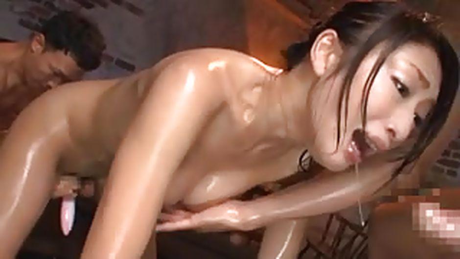 party-girls-hot-naked-oily-asian-girls-gif-hot-girls