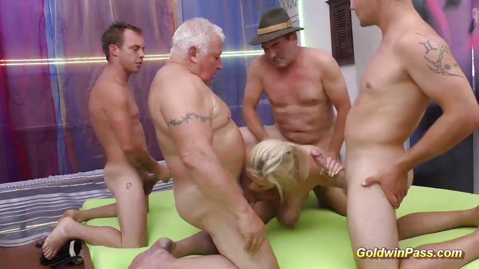 Фотки немецкое жесткое порно