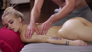 Blonde Hottie Sucks The Horny Masseur's Erect Cock
