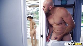 Hot Babe Makes Guy's Fantasy Come True