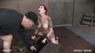 Sex Slave Gives A Sloppy Blowjob