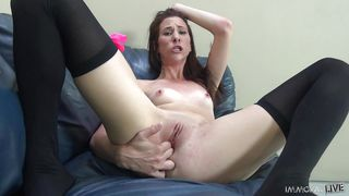 Naughty Bitch Squirting