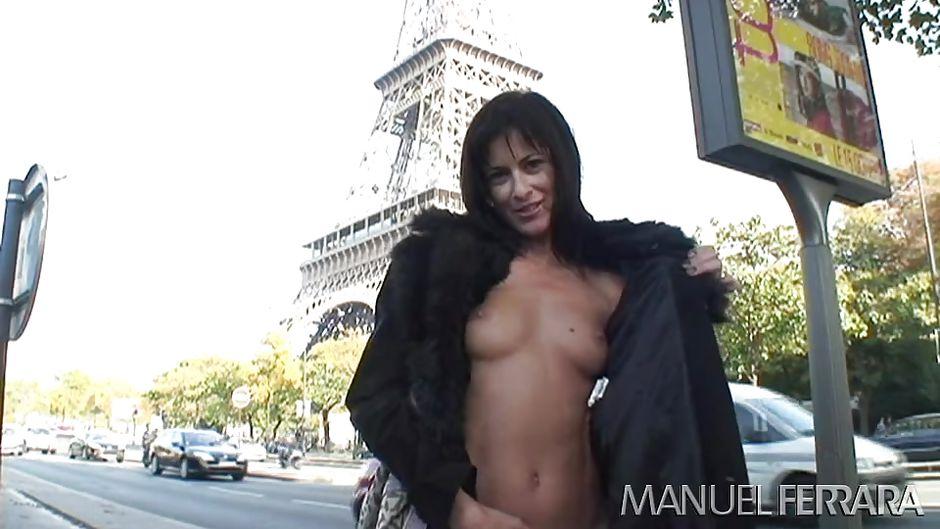 Zwei Rollige Pornostars Für Manuel Ferrara