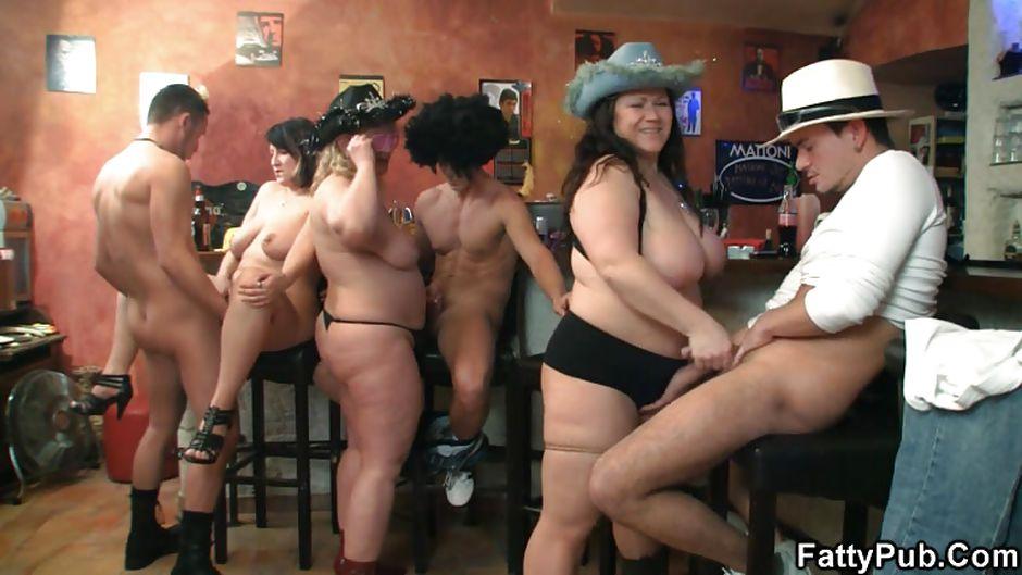 Naked brunette country girls