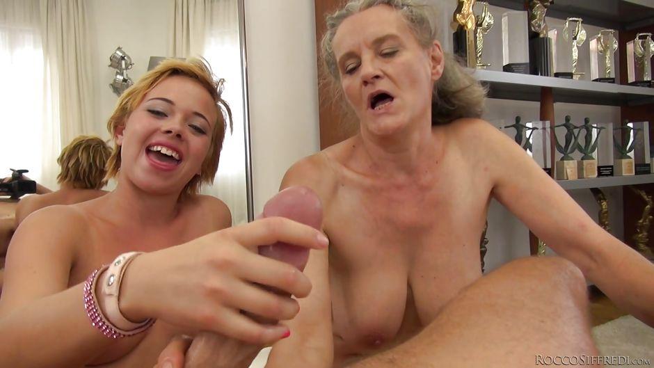 German Teen Amateur Threesome