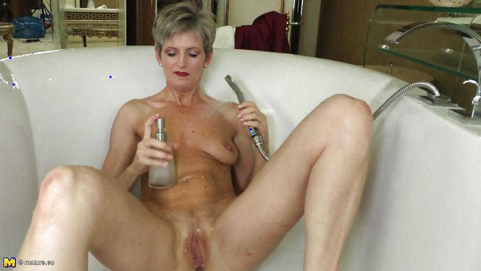 Alone with cockhold wife from connecticut - 1 3