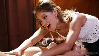 Nuru Network-Masseuse Makes Anikka Albrite Cum In Few Minutes PornZek.Com