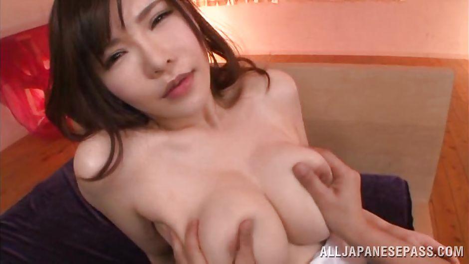 Rub her boobs