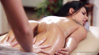 Blair Finger-fucks Gina In Erotic Nuru Massage
