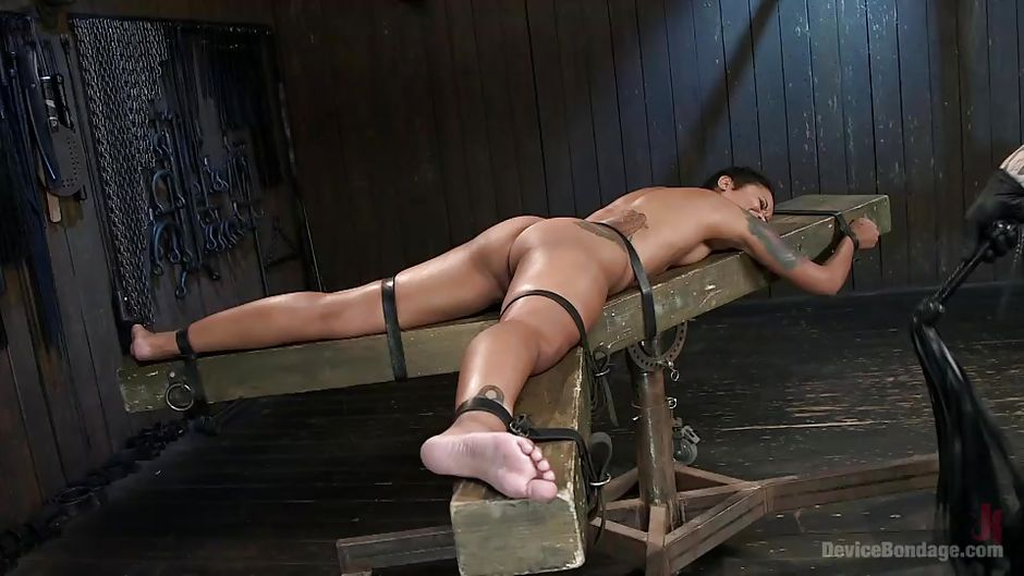 Mature gets medieval torture method and duck tape her pussy - 1 part 2