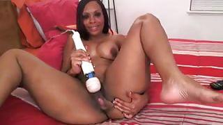Ebony Webcam Model Uses Her Vibrator